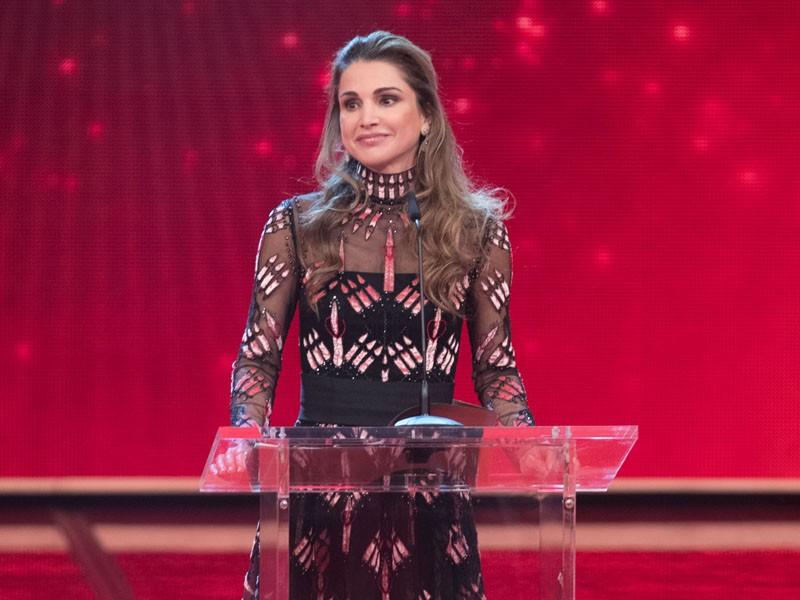 Queen Rania Receives Award In Berlin Honoring Her Work To Support Children Queen Rania